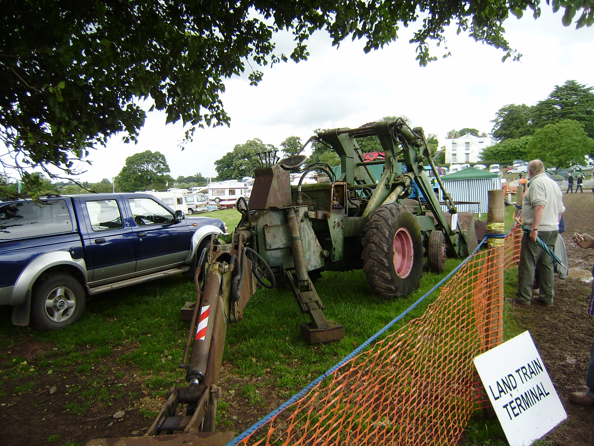 Sherman Backhoes For Ford Tractors : Bray longford digger tractor construction plant wiki
