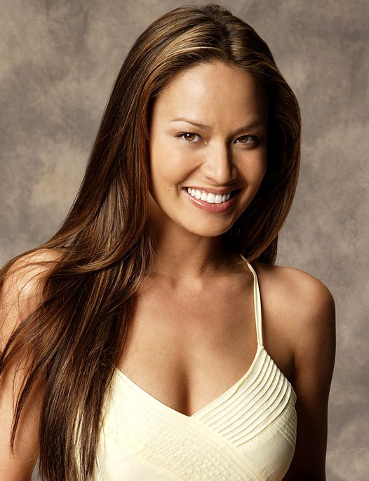 Moon Bloodgood earned a  million dollar salary, leaving the net worth at 3 million in 2017