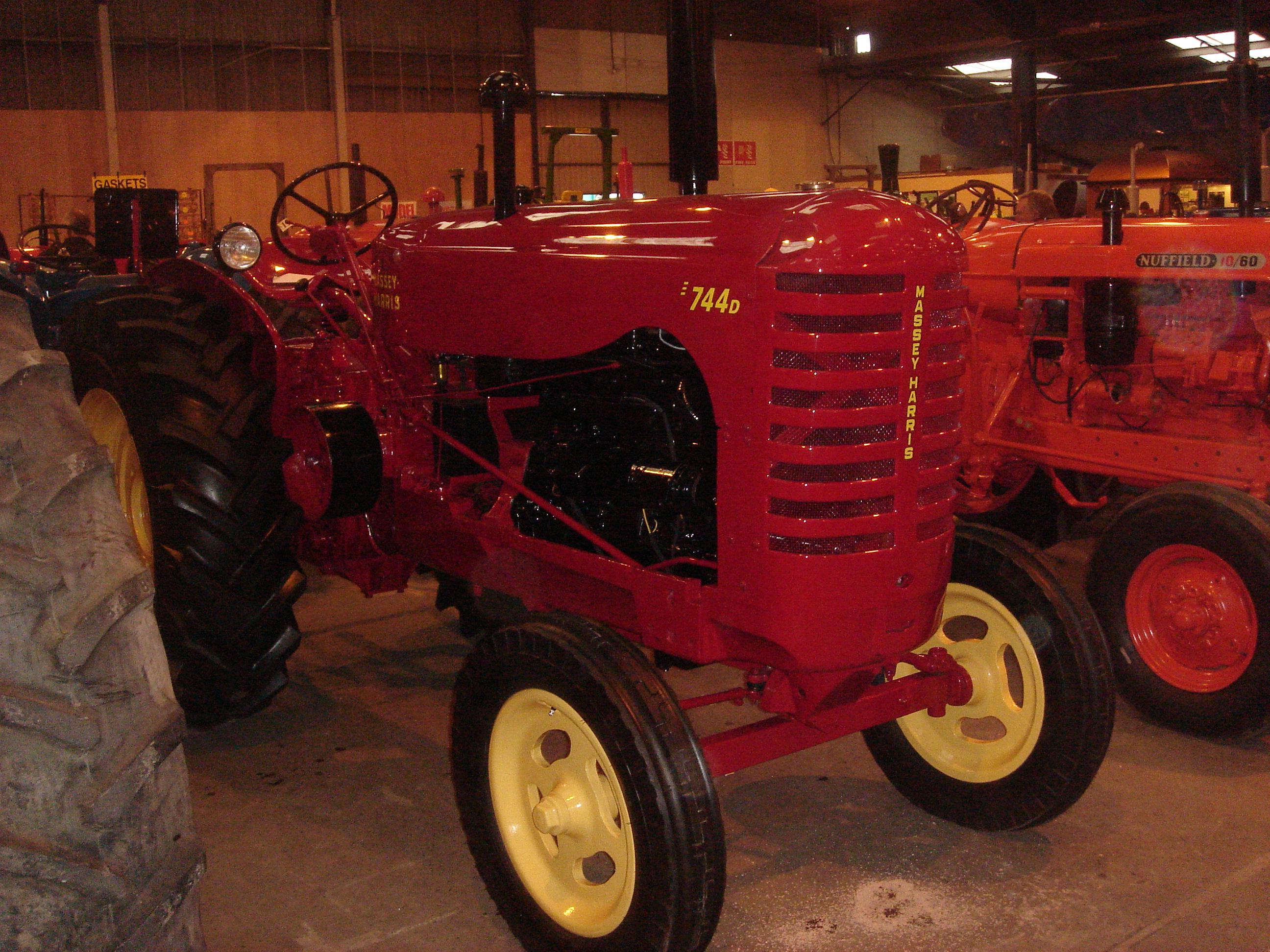 Massey Harris 744 : Massey harris tractor construction plant wiki
