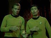 Kirk und Sulu gefangen