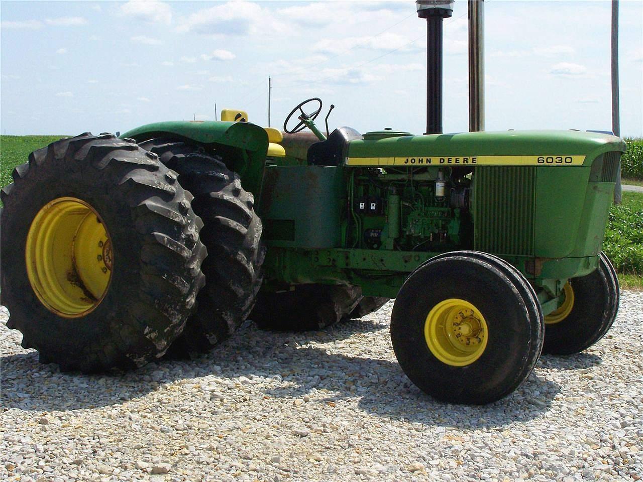John Deere Dual Wheels : John deere tractor construction plant wiki the