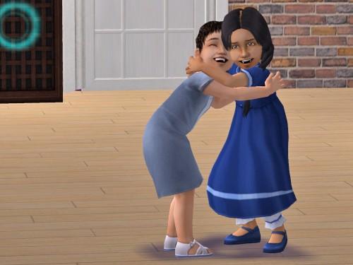 Toddler_hugging.jpg