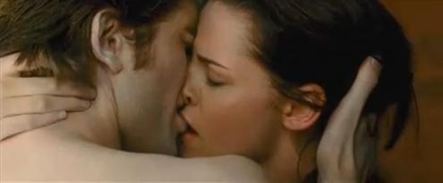 Twilight Images Bella And Edward Kissing Kissing-bella-edward.jpg