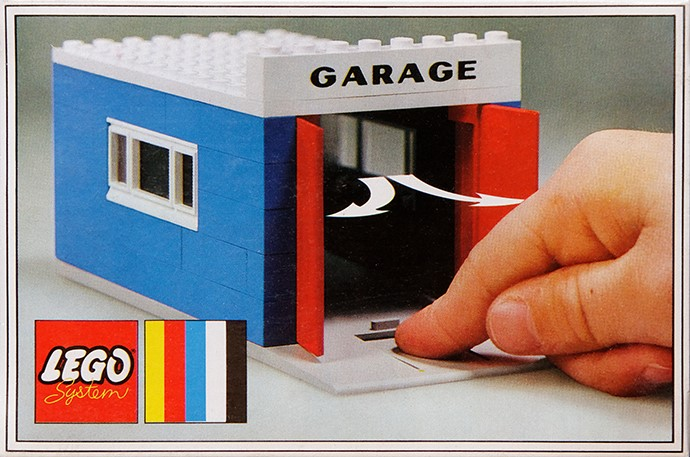 348 Garage With Automatic Doors Brickipedia The Lego Wiki