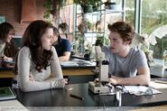 Bella and Edward in Biology