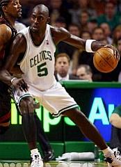 NBA09 BOS Garnett