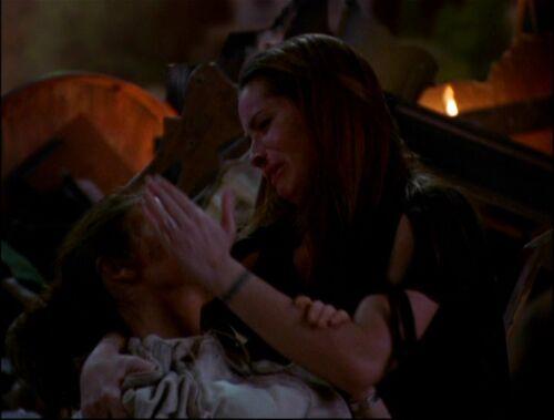 Www Glee Riker Carter Kiss: 8x21-Piper-Phoebe-Dead.jpg