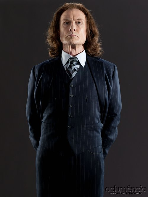 http://img4.wikia.nocookie.net/__cb20110130060221/harrypotter/images/5/52/DH_Minister_for_Magic_Rufus_Scrimgeour_promo.jpg