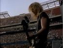 Duff McKagan en el Giants Stadium en 1988.png
