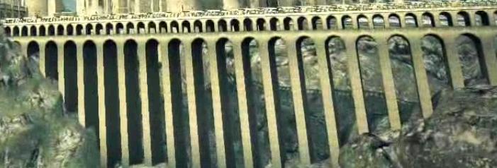 Patio de la torre del reloj y viaducto. Viaduct_(II)-DH