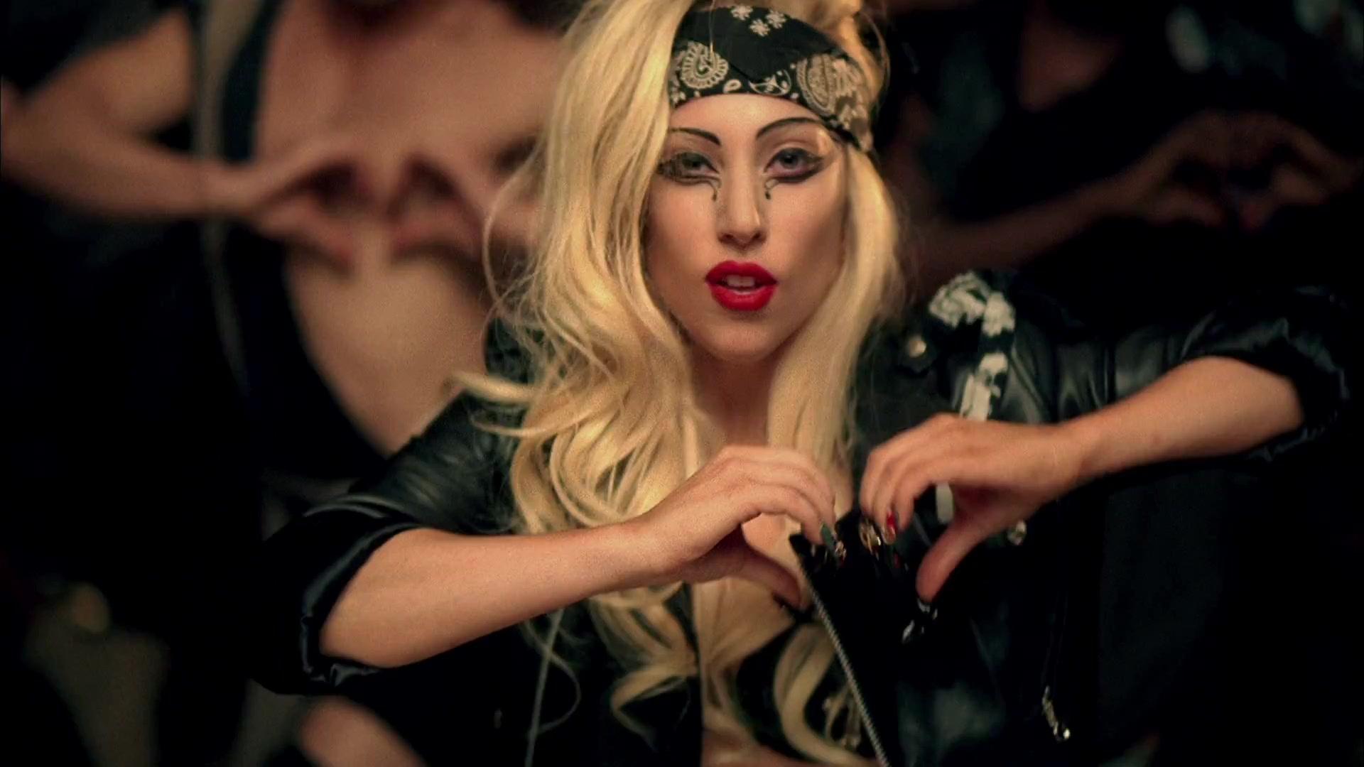 File:lady Gaga Judas 159.jpg