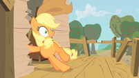 Applejack crashing down S1E18