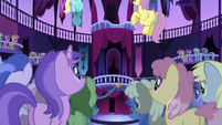 Ponies in the town hall S1E01