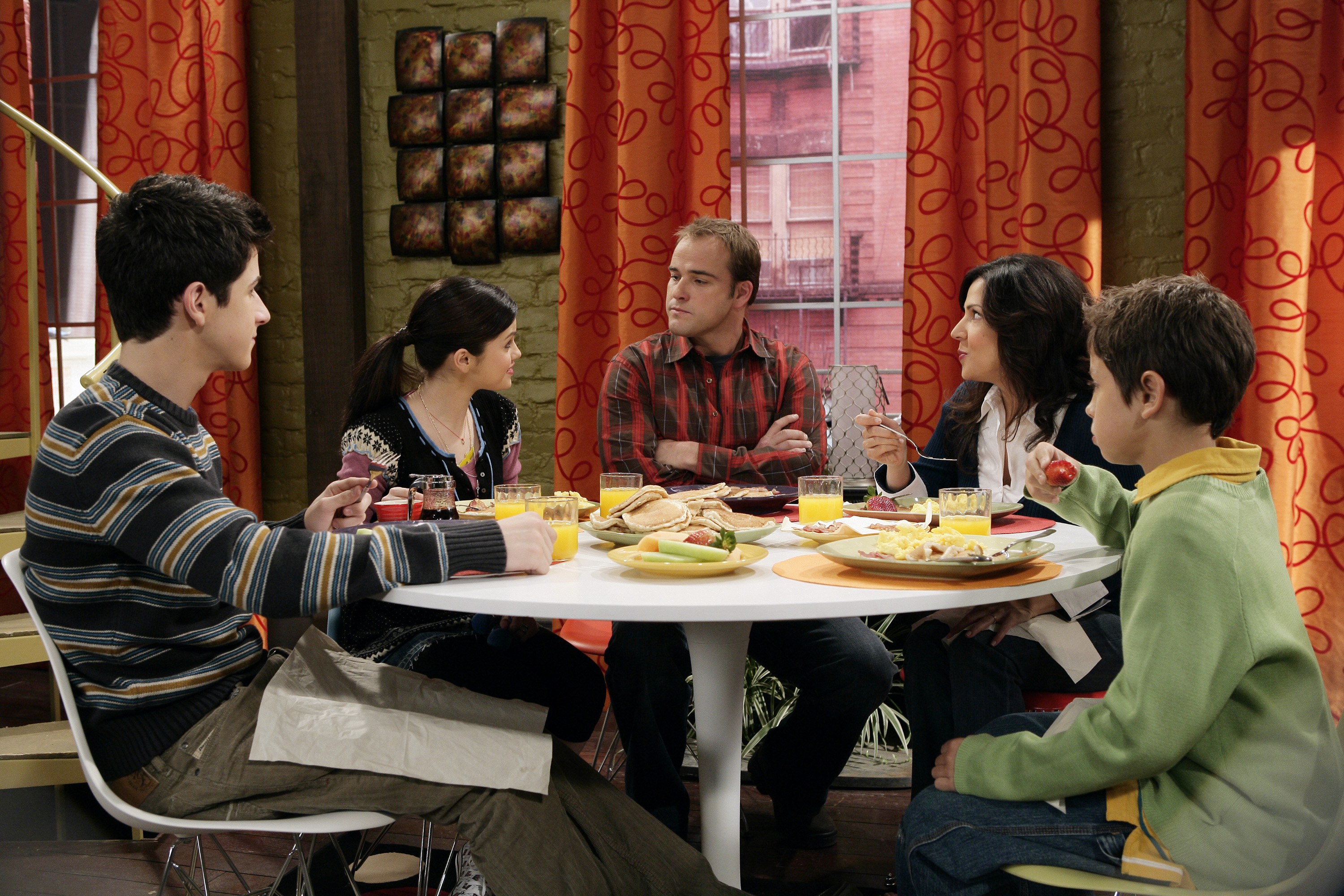 16 images for alex russo wizards of waverly place bedroom