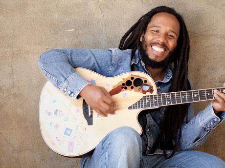 [Image: Ziggy-Marley-2---Kii-Arens.jpg]