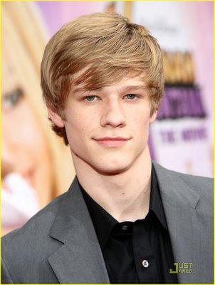 Lucas Till like OMG ITS LUCAS bt he
