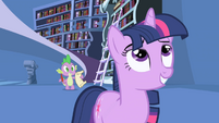 Twilight tells Spike to send completed letter S1E01