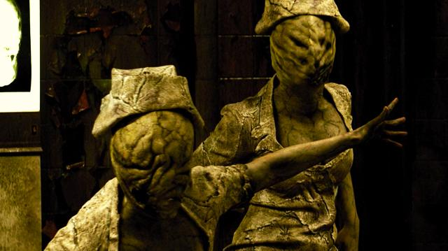 Silent Hill Revelation 3D Comic-Con Red Band Scene