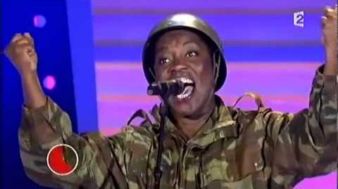 Un ancien soldat devient chanteur