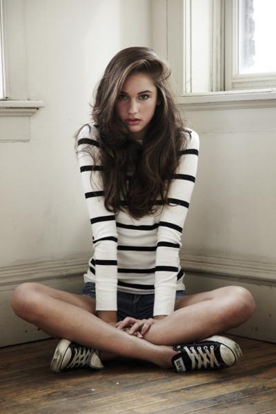 Image Beautiful Brunette Fashion Girl Pretty Girl Favim