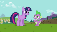 "Twilight and Spike ""she's bringing an important visitor"" S03E10"