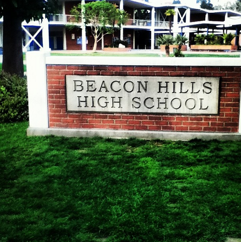 Beacon Hills High School 478px-Teen_Wolf_Season_3_Behind_the_Scenes_Pali_High_School_Beacon_Hills_HS_Sign