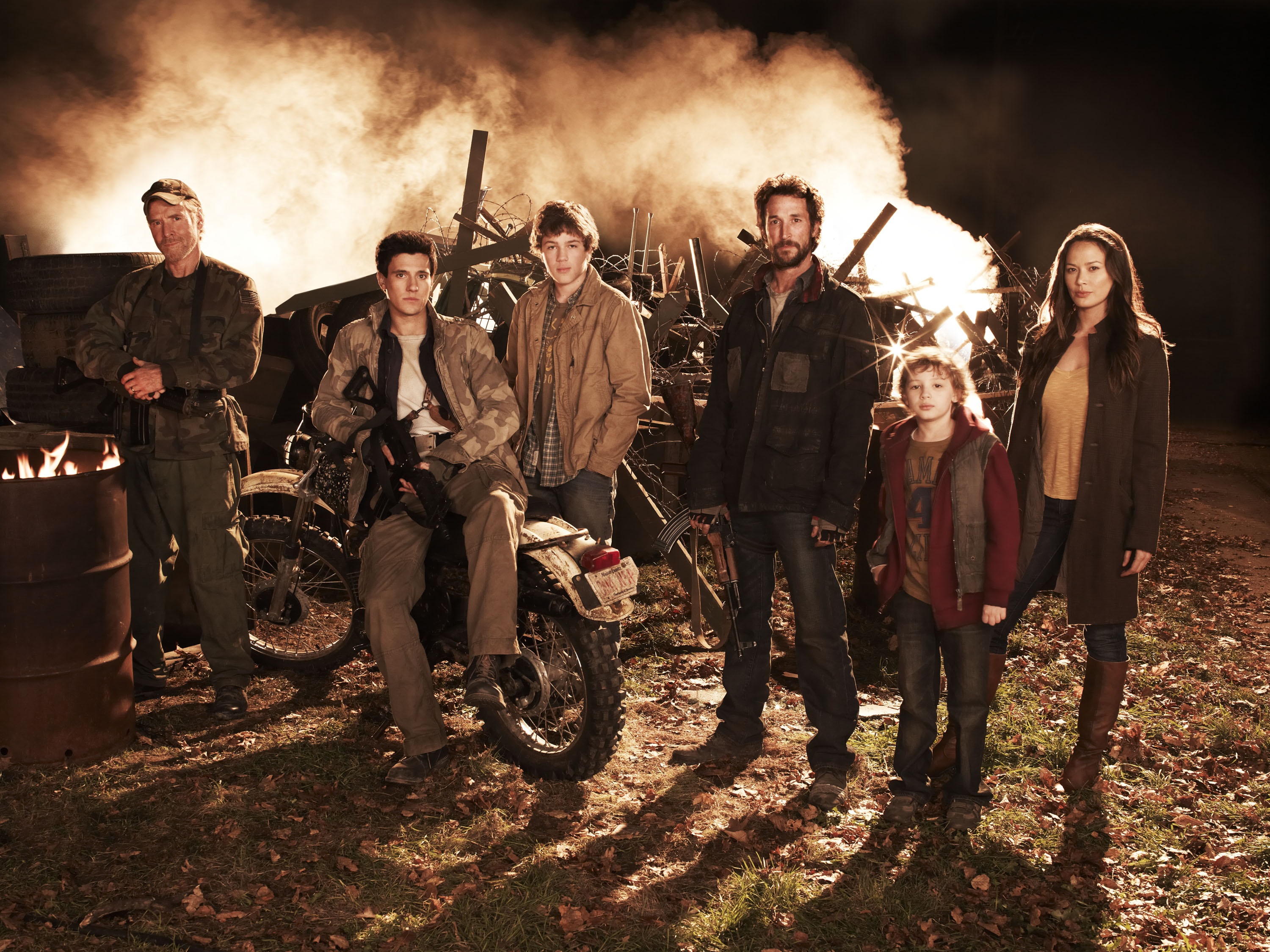 Falling-Skies_5_Cast_PH-Frank- ...