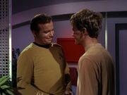 Kirk kümmert sich um Charlie