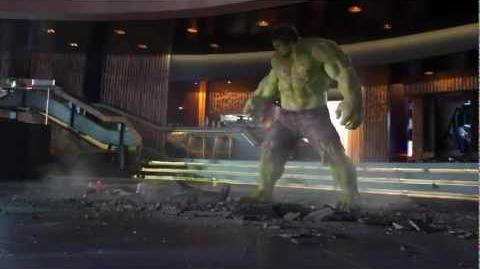 Hulk Smashing Loki (The Avengers)