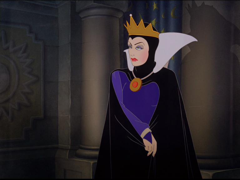 La reine blanche neige wiki walt disney le monde for Miroir magique blanche neige