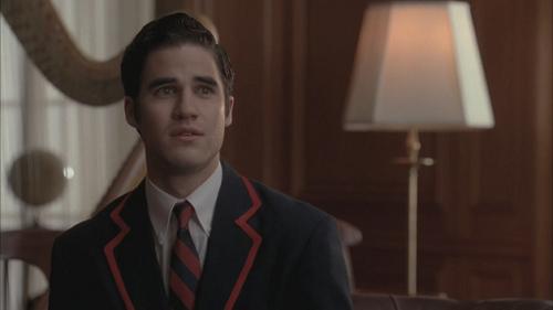 Glee Kurt Blaine Kiss: Blaine-Kurt Relationship