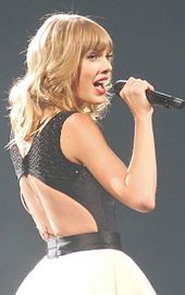 Taylor Swift performing.jpg
