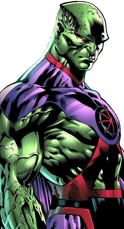 http://img4.wikia.nocookie.net/__cb20130710033938/injusticegodsamongus/images/c/c5/Martian_Manhunter_New_52.jpg