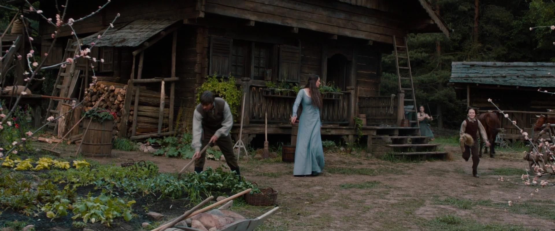 Hansel gretel 39 s home hansel gretel witch hunters wiki - Hansel home ...
