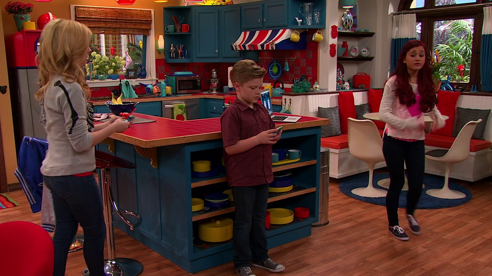 apartment 22 sam and cat wiki