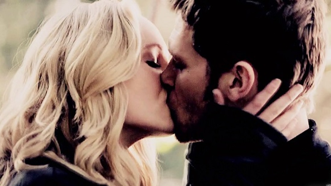 klaus and caroline relationship fanfic