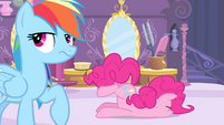 Pinkie Pie faceplant S4E13