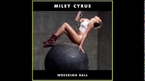 Miley Cyrus Wrecking Ball - Lana Del Rey Summertime Sadness Remix Mashup
