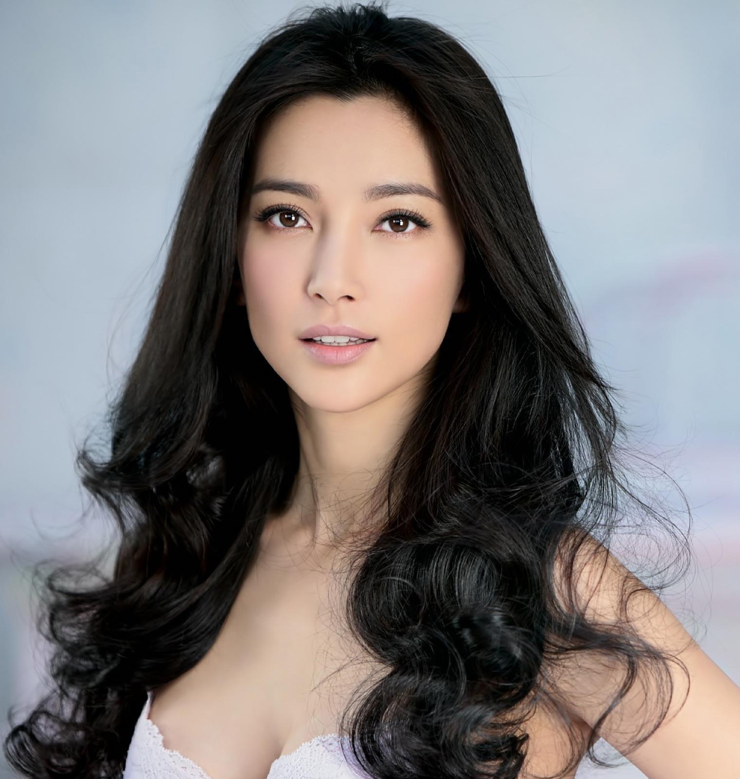 Фото красивых китаянок 2 фотография
