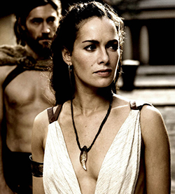 Who Played The Queen In 300