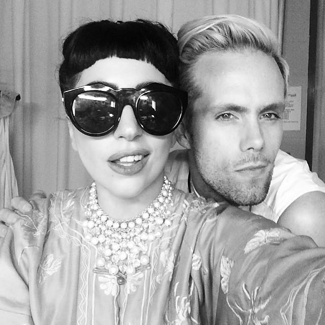 http://img4.wikia.nocookie.net/__cb20140723165455/ladygaga/images/6/64/7-22-14_Backstage_at_Staples_Center_in_LA_004.jpg