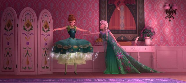 File:Frozen fever 15.jpg