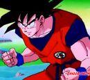 Goku entrenado (saga de freezer) vs Vegeta Ozaru (saga saiyajin)