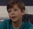 Cameron Spencer (Michael Leone)