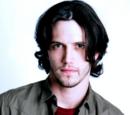 Ethan Lovett (Nathan Parsons)