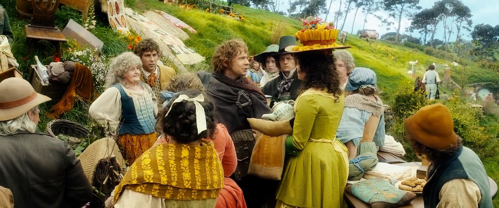 Bilbo finds his stuff being auctioned for Www the house com returns