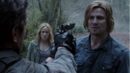 Tremors - Slade amenaza a Oliver.png