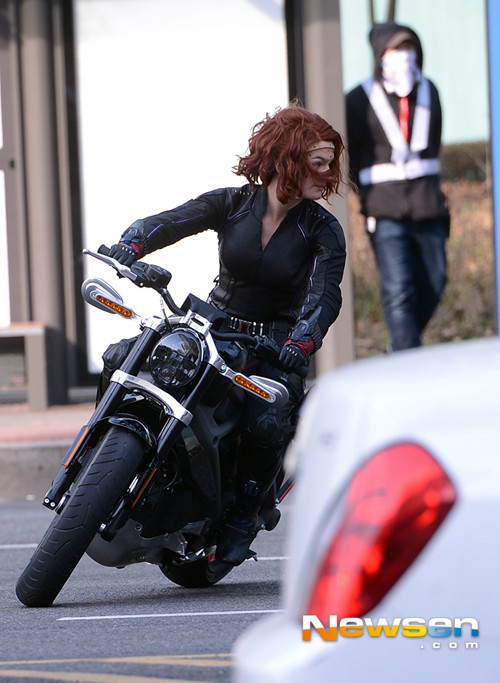 http://img4.wikia.nocookie.net/__cb20140404181426/marvelcinematicuniverse/images/e/ed/24242223.jpg
